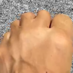◆【8/11(水) 出るかな足の握り拳】